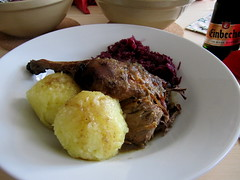 Entenbraten, Thringer Kle und Rotkohl. (happycat) Tags: essen rotkraut klse entenbraten thringerklse
