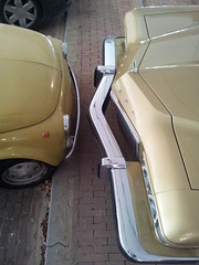 David and Goliath! (Skitmeister) Tags: auto classic netherlands car vintage voiture oldtimer 2012 pkw carspot skitmeister 83yb25