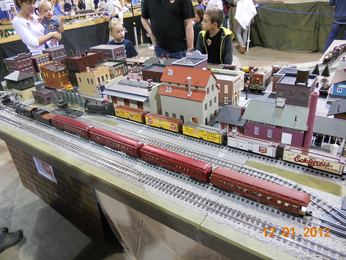 Model railroad train layout in S-scale at Oklahoma City model train show 36th annual