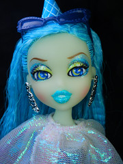 I make your days brighter! (alexbabs1) Tags: sea beach weather spring doll control witch ripple magic goddess line collection entertainment wicked midnight glam series powers mga fins fianna 2013 mgae sp13 bratzillaz