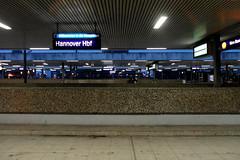 Hannover Hbf (onnola) Tags: winter station germany deutschland platform bahnhof hannover db hauptbahnhof trainstation deutschebahn bahn mainstation bahnsteig niedersachsen lowersaxony
