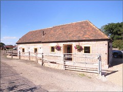 3437 fx1 Holiday let cottage (Andy panomaniacanonymous) Tags: 20160815 ccc checksfield hhh holidaycottage holidaylet kent lll selfcatering sss