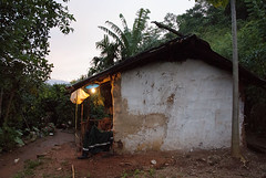 Mud and Wattle House (Chulie Kirtisinghe de Silva) Tags: heeloya rurallife ruralsrilanka