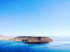 Umayo Lagoon #puno #peru #bluesky #island #celeste #southamerica #laguna (Adrin Ernesto Zea Berolatti) Tags: puno peru bluesky island celeste southamerica laguna