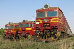 Dobrich - decommissioned EMUs 32.077, 32.081, 32.104 (lyura183) Tags: bulgaria railway train bdz bd station       dobrich decommissioned