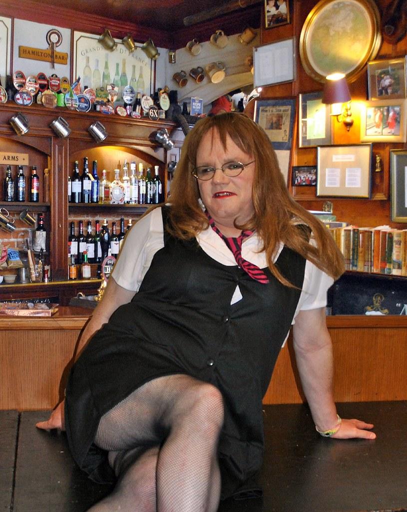Hampshire transvestite pubs