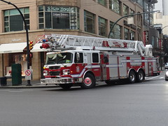 Vancouver Fire Ladder 7 (Canada EmergencyBuff 102) Tags: rescue vancouver fire sirius services spartan gladiator smeal l7 ladder7 vfrs rearmount 125ft