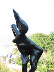 IMG_1240 (d3_plus) Tags: sky sculpture art statue japan museum fuji sunny appreciation engraving  fujisan  touring mtfuji g12  hake       canonpowershotg12 beat660  isw16sh thehakeopenairmuseum