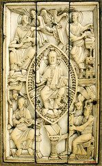 Ottonian ivory plaque with beardless Christ in Majesty and the four evangelists (petrus.agricola) Tags: new york nyc art museum plaque four book with christ ivory cover youthful met metropolitan beardless majesty within evangelists ottonian