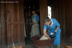 Housework 2-12 (Amigas del Senor) Tags: house animals laundry alegria chores 2012 confianza