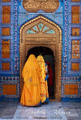 Devotees entering in Shrine. (Nadeem Khawar.) Tags: pakistan shrine tomb sofi sindh mystic sachal sarmast pakistaniphotographer landscapephotographer nadeemkhawar sachalsarmast gettyimagesmiddleeast
