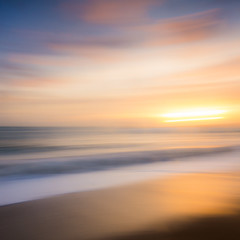 Durdle Blur (paulwynn-mackenzie.co.uk) Tags: longexposure sunset blur colour waves dorset colourful goldenhour durdledoor batshead