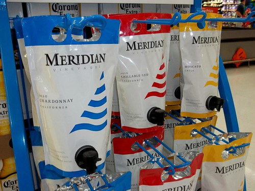 blue red yellow bag wine sail tap spigot meridian