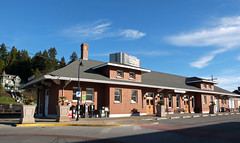 Southern Pacific Depot.  Eugene Oregon, January 4 2013. (Dan Haneckow) Tags: eugene southernpacific depots 2013