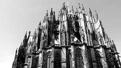 Kln (Oj Antek) Tags: church germany cathedral dom gothic cologne kln medieval worldheritagesite rhineriver klnerdom colognecathedral highaltar houseofworship northrhinewestphalia ghotic unecso theshrineofthethreekings hohedomkirchestpetrus highcathedralofstpeter