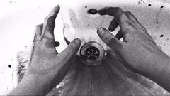 Handen002 (Sophie Teunissen) Tags: black water ink blood hands hand sink fingers dirty limb zwart handen bloed vies kraan inkt wasbak vingers wastafel ledemaat