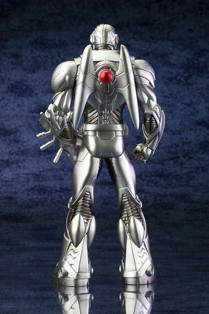 壽屋正義聯盟Cyborg即將推出!( NEW52版)