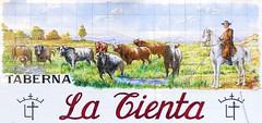 Azulejos. Taberna La Tienta. Rtulo (Madrid) (Juan Alcor) Tags: azulejos taberna latienta toros garrochista rotulo madrid cmespantaleon