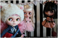 Blythecon  156 of 184 (Heike Andrea Grote ♥️) Tags: blythe licca basaak zoe blytheconeuropehamburg blythecon bceu2016 bceu blytheconhamburg2016 hamburg elbarkaden hafencity heikeandreagrote blythedoll blythestagram blythephotgraphy blythecustom instadolls dollphotography monchhichi japan doll cute kawaiifriends fun funny pink sweet smile art cool photo pictureofthedayphotooftheday bestoftheday picoftheday love beautiful happy followme follow
