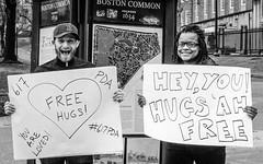 Free Hugs (Marcel Weichert) Tags: 617pda boston bostoncommon freehugs usa massachusetts unitedstates us