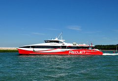 Red Jet 6 departing Cowes (A F Photos) Tags: red jet 6 departing cowes