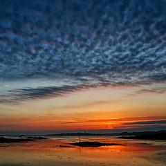Coucher de soleil  Roscoff (jjcordier) Tags: roscoff bretagne nuage ledebatz