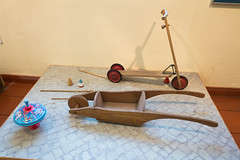 Antique toy scooter and wheelbarrow-2 (quinet) Tags: 2015 antik berlin germany mittemuseum schubkarre speilzeug ancien antique brouette jouets roller scooter toys wheelbarrow