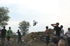 Backflip (davizorzi) Tags: bmx fmx moto cross motocros mountain bike cicle trick freestyle back flip backflip rodeo foam pit foampit jump salto bici spugna contest gara evento caresana park bikepark bmxpark sky