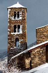 Andorra churches & chapels: Canillo (lutzmeyer) Tags: pictures old schnee winter snow building history church architecture photography arquitectura europe photos roman pics nieve kultur religion january iglesia kirche images enero fotos architektur invierno fe romanesque past bauwerk gebäude historia cultura andorra bilder imagen pyrenees romanic neu januar iberia romanico historie pirineos pirineus iberianpeninsula geschichte pyrenäen religio cultur historisch imatges hivern glaube esglesia gener romanisch romanik kirchenbau romanesquearchitecture canillo sakralbau religiousbuilding iberischehalbinsel valldorient vallorient esglesiasantjoandecaselles religiosoarquitectura lutzmeyer lutzlutzmeyercom