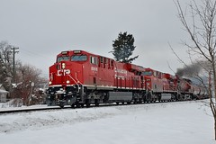 SALMON ARM (Spallumcheen) Tags: bc diesel cpr locos salmonarm 8906