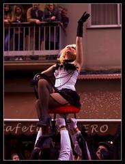 Street Cabaret (Rodion Quidam (OFF for a while, this is awful)) Tags: street carnival woman awning calle mujer chair balcony parade desfile galicia silla carnaval cabaret viewer burlesque pinup pontevedra balcn choreography ra toldo troupe espectador onlooker cabar comparsa coreografa lookeron corcaf mygearandme mygearandmepremium asociacincorcaf rabenitocorbal