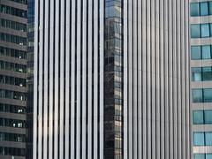 D comme... La Défense  (ou l'homme moderne) (Krissway) Tags: paris architecture ville fragment défense