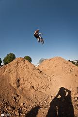 Urban Spaces 2012 (Thomas M. Photography) Tags: urban sun france sports 50mm nikon bmx contest dirt skate bud parc caen bayeux spaces sk8 2012 jart wesc d3000 calvadose extrèmes