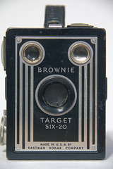 Sad face (Roger Smith) Tags: camera vintage photography kodak brownie sadface six20 eastmankodak