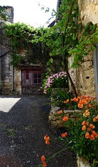 Small village Vers (Great!) Tags: village lot dorp vers pyrnes southfrance pyreneen zuidfrankrijk