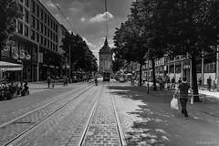 Mannheim - Streetphotography (toborophoto) Tags: monochrone streetart architecture design art blackandwhite bw formula1 mannheim panning hockenhiem streetphotography