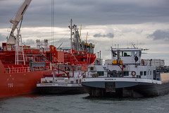 Botlek (Peet de Rouw) Tags: botlek portofrotterdam ships haven rotterdamsehaven industry peetderouw denachtdienst holland rotterdam rozenburg netherlands port