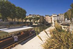 Vue de l'Aude, au coeur de Narbonne (manueldeplano) Tags: languedocroussillon narbonne aude bridge sonya7ii zeissbatis25mm nofilter france