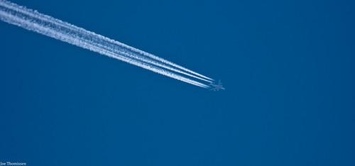 Jet Condensation Trail