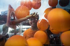 * (Sakulchai Sikitikul) Tags: street snap streetphotography voigtlander 28mm thailand hatyai a7s sony orange balloon songkhla