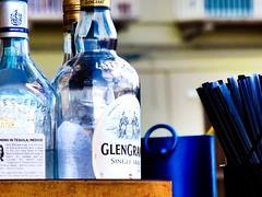(Luca3803) Tags: alcohol alcool bottlecap straws straw glass italy italia tappo vetro glengrant messico mexico tequila cannucce cannuccia bottles bottiglie bottle bottiglia