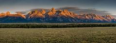 Teton Range Sunrise (Wildside Photography) Tags: grandtetonnp mountains tetonrange wyoming sunrise