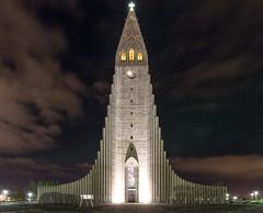 Hallgrmskirkja, Reykjavk, Iceland (maxunterwegs) Tags: church hallgrmskirche hallgrmskirkja iceland island islande islandia islndia kirche nacht night noche noite nuit reykjavik reykjavk hfuborgarsvi
