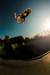 Sergi NEW PROMODEL (EsteveSegura) Tags: park street wow fly amazing shoot day board air can aerial nicolas skate ligth trick sergi segura patin esteve truco belive volar patinar strobist