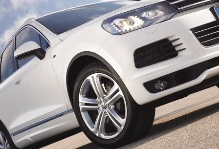 2014 Tiguan and Touareg R-line trim