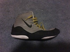 Grey Nike Inflicts (No straps) (Szilagyi249(5167803177)) Tags: black lookin gold for cool shoes teal wrestling nike jordan og ill asics combat gables cheap rare wrestle speeds teals singlet reissue wrestlingshoes rulons kolats inflicts reeissue