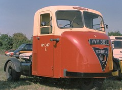 Scammell Scarab   YVY 381 (colinfpickett) Tags: br classictruck scarab scammell vintagetruck famoustruck