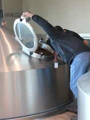 Mashing In (deschutesbrewery) Tags: collaboration barleywine rogueales northcoastbrewingcompany deschutesbrewery classof88