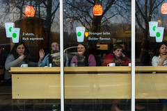 5 girls through the window (Winfried Veil) Tags: leica uk greatbritain girls england london cup window 50mm cafe veil unitedkingdom shots fenster rich rangefinder schaufenster cups espresso latte summilux asph winfried stronger becher flavour m9 gbr bolder messsucher grosbritannien leicam9 winfriedveil
