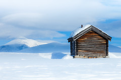 * wish it were (outdoorstudio) Tags: winter snow mountains norway landscape norge vinter cabin bjerge rondane sne fjeld hytte landskab rondanenationalpark wishitwere